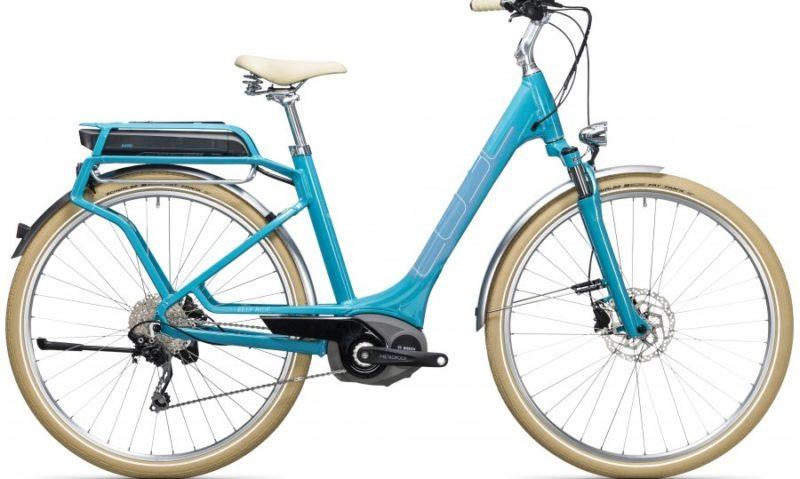 Le CUBE Elly Ride est un moyen de locomotion à assistance électrique qui est respectueux de l'environnement et dont vous adorerez le design élégant. Les VÆ n'ont jamais été aussi irrésistiblement élégants et amusants !
